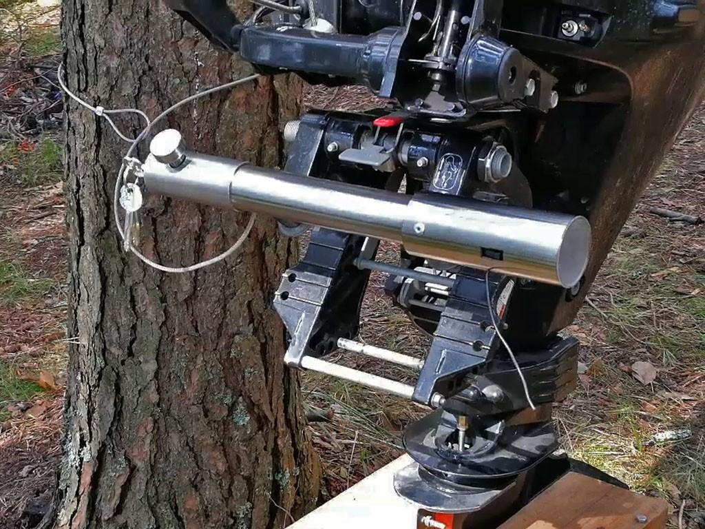 автономная сигнализация охраняет мотор в лагере